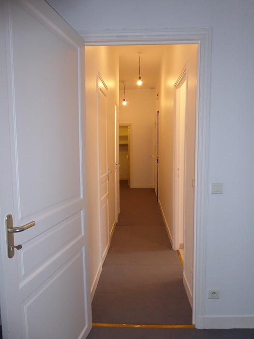 valiere-cortez-location-appartement-couloir