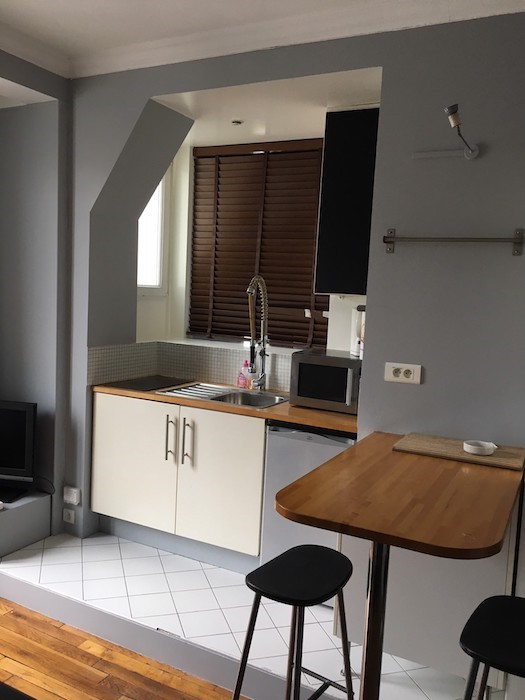 valiere-cortez-location-studio-pierre-dupont-cuisine