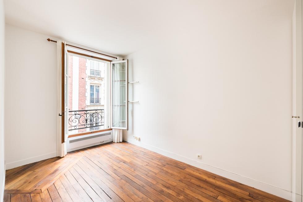valiere-cortez-vente-appartement-lamarck-paris-18-chambre