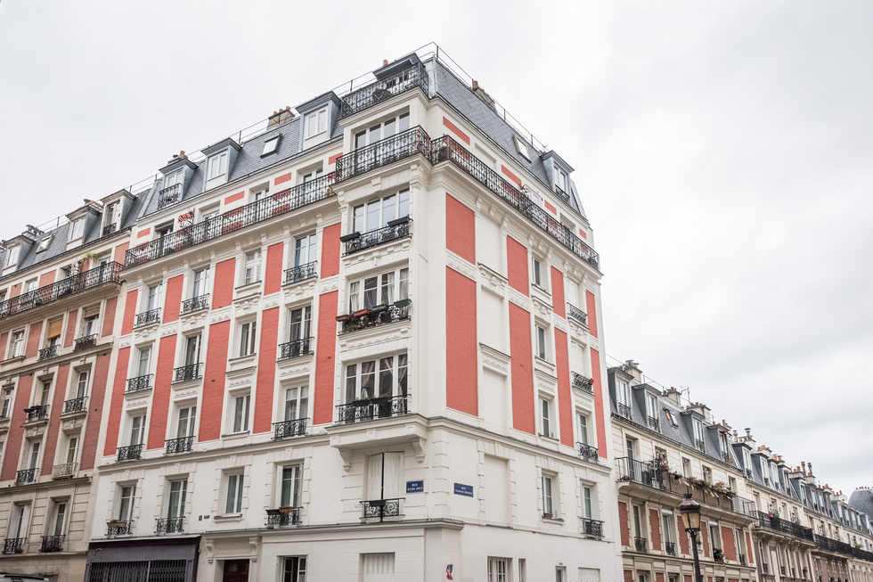valiere-cortez-vente-appartement-lamarck-paris-18-facade