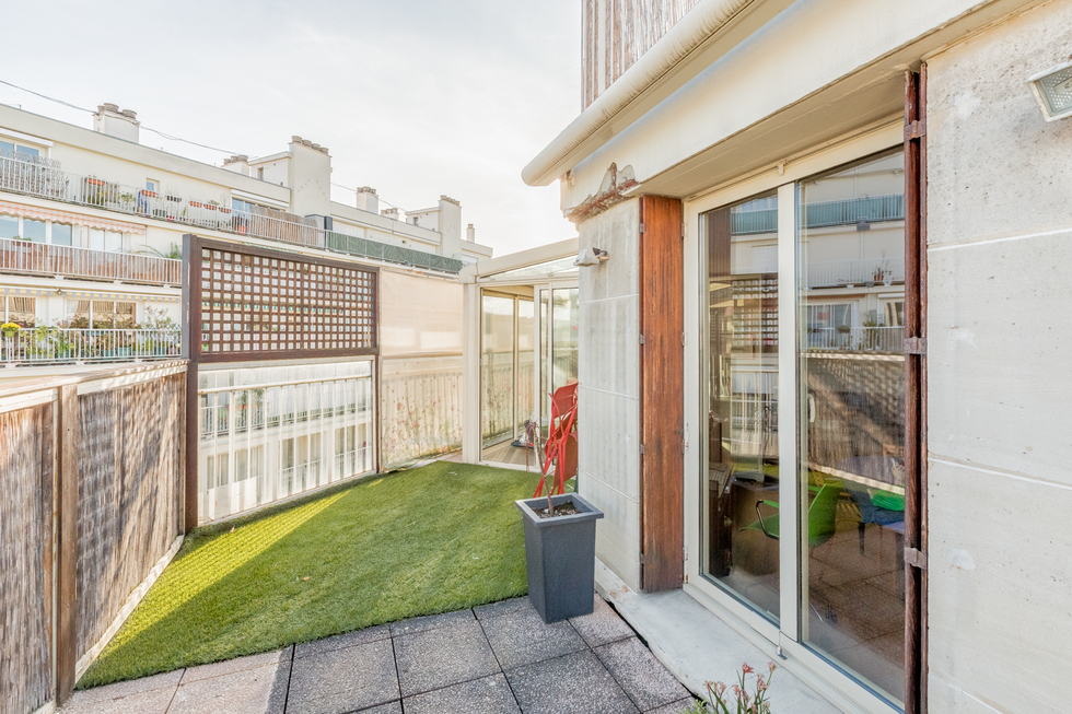 valiere-cortez-vente-appartement-porte-de-champerret-balcon-terrasse-2