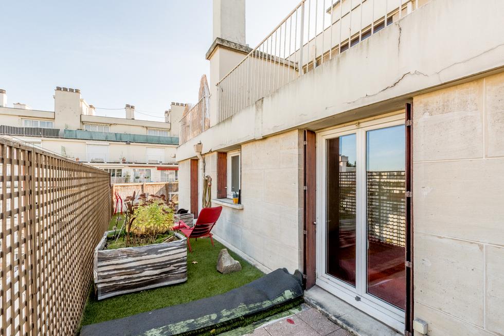 valiere-cortez-vente-appartement-porte-de-champerret-balcon-terrasse-3