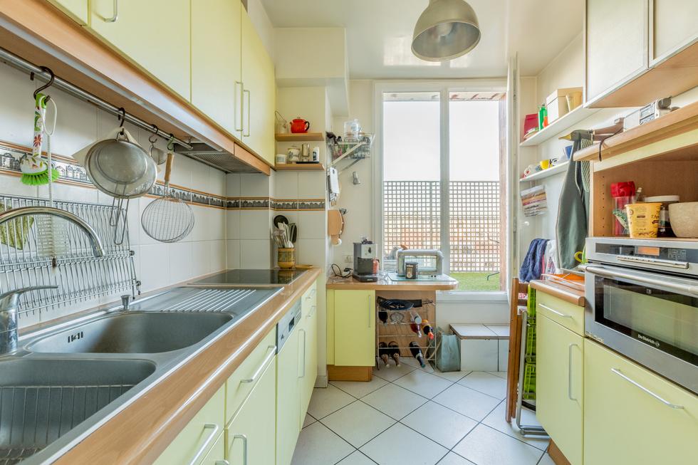 valiere-cortez-vente-appartement-porte-de-champerret-balcon-terrasse-cuisine