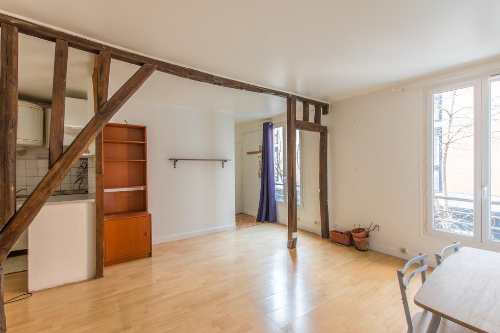 valiere-cortez-vente-studio-belleville-chambre-3
